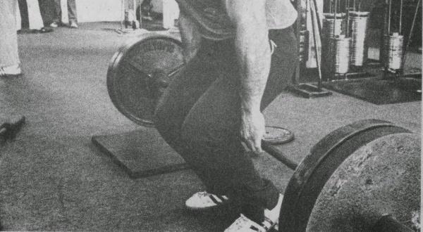 barbell-hack-squats