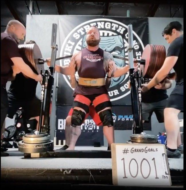 Chris Duffin 1001 lbs Squats