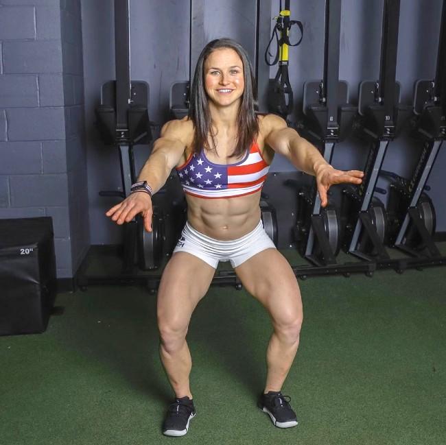 Kari Pearce abs workout